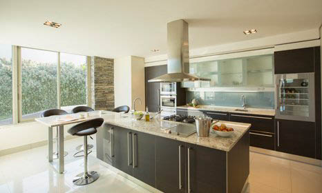 modern style black and silver kitchen